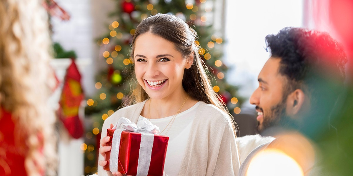 4 tips for stress-free holiday shopping
