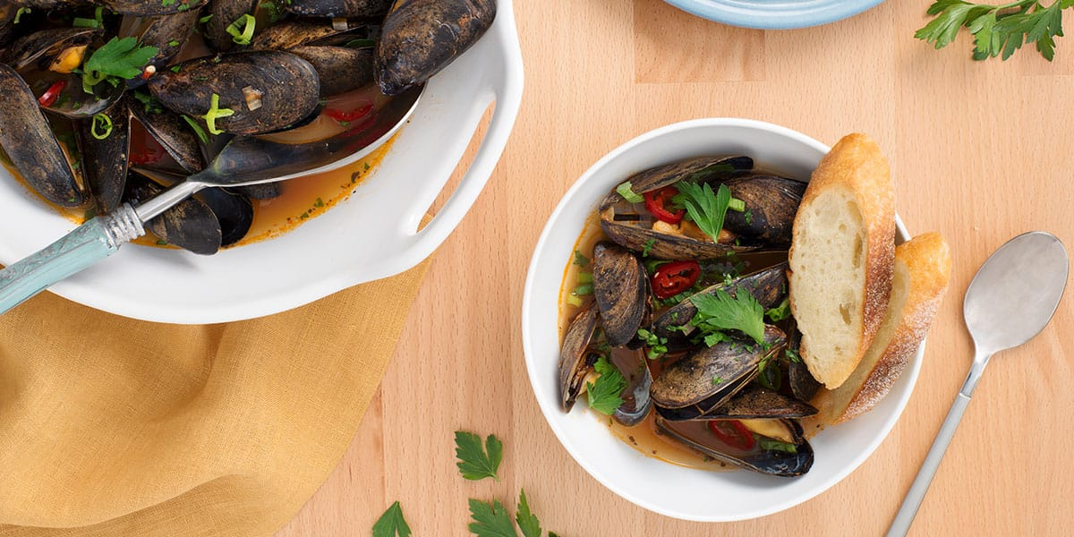 Mark McEwan's mussels with tomato broth (Video)