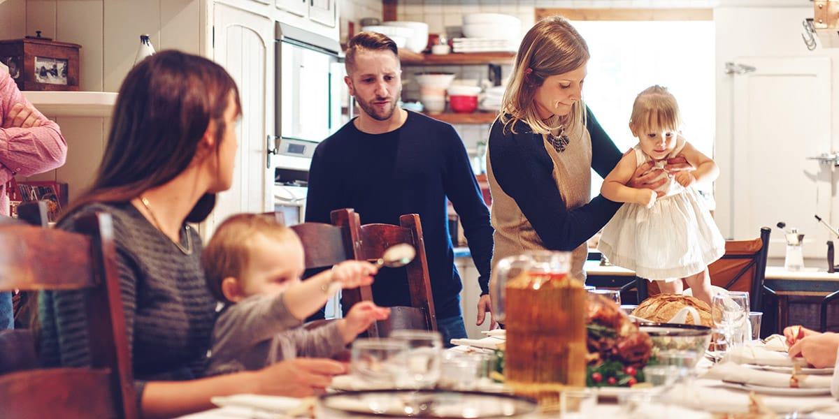 How to throw the perfect holiday feast on a budget