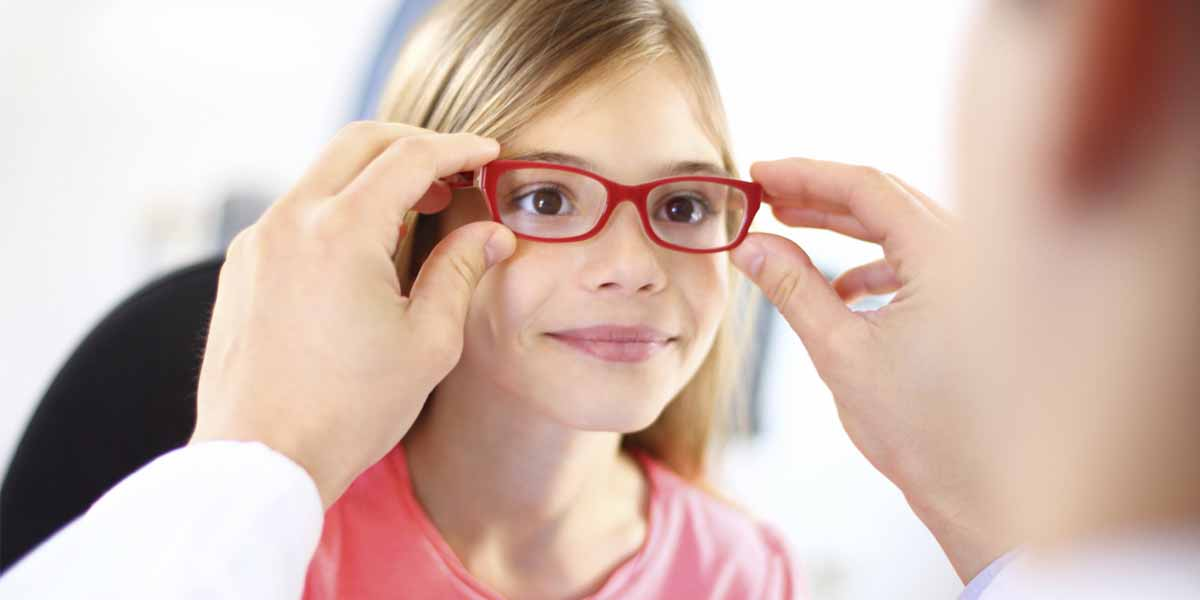 how to test if i need glasses